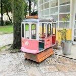 Аттракцион для детей в виде трамвая №28
