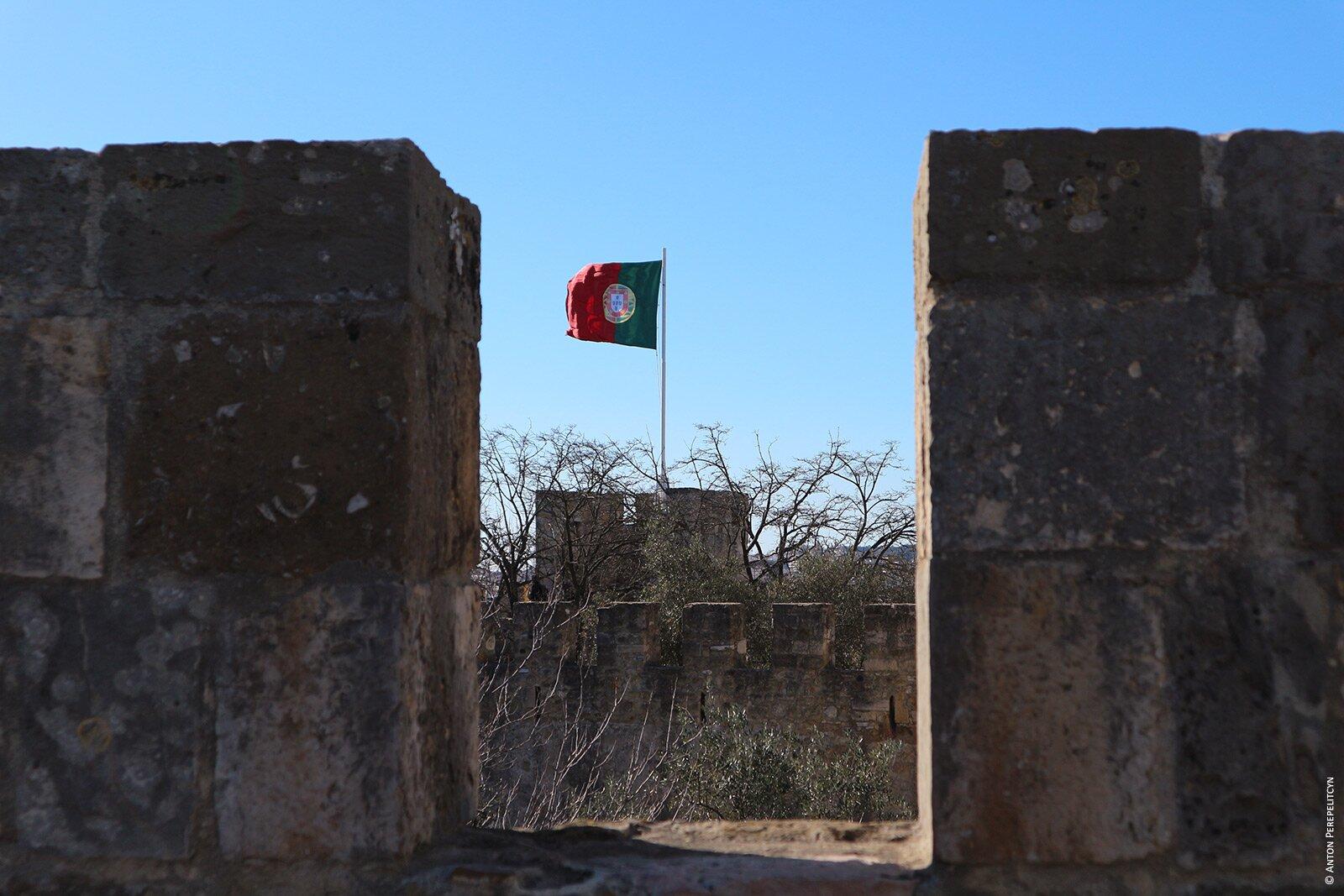 Стены замка в Лиссабоне